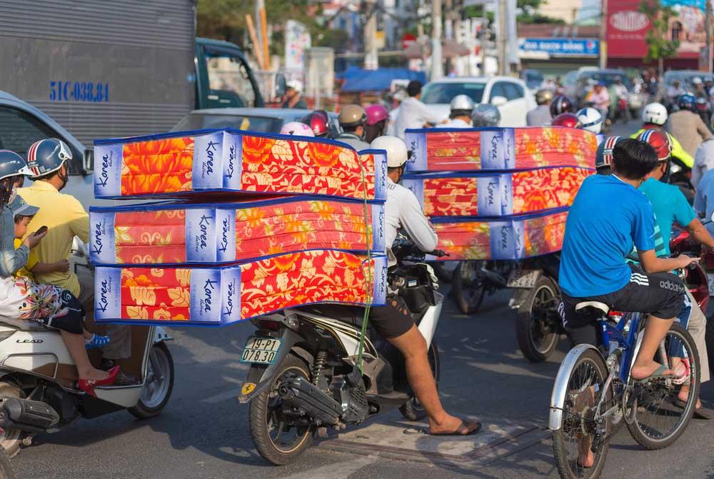 Scooters Vietnam 8